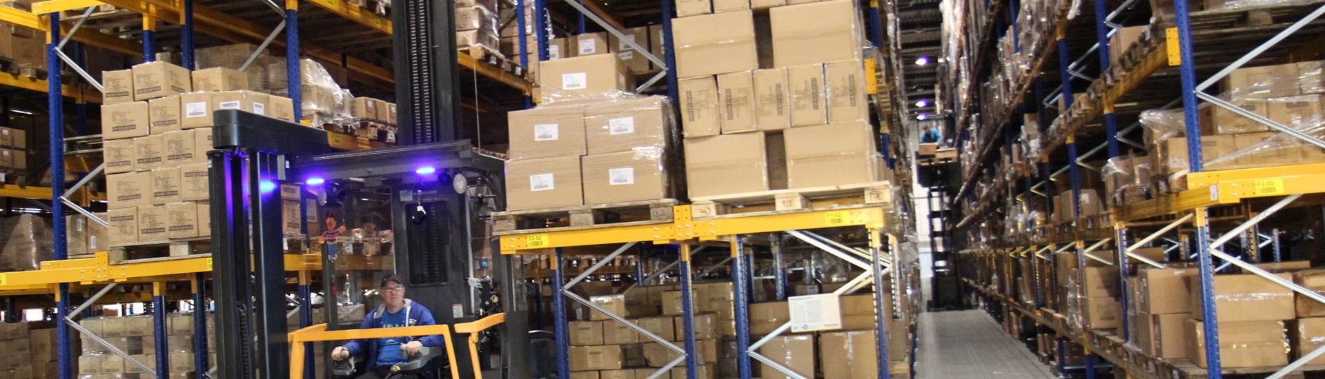 4-DistriParty-Storagepall2