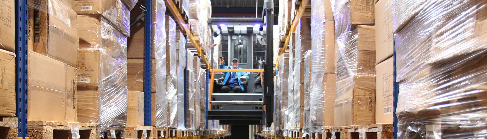 4-DistriParty-Storagepallet